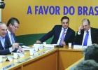 Aécio e Tasso anunciam paz no PSDB